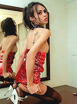 Hung tranny shoots large load on mirror