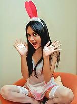 Naughty ladyboy bunny Longmint ready to fuck
