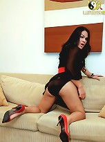 Watch ladyboy wrestle with her chunky cock