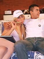 Sweet tranny Samanta seducing a complete stranger