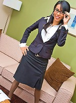 Gorgeous tranny loses her formal office suit and shows off