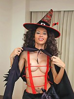 Long cocked trans Mint plays nympho witch