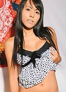 Beautiful ladyboy from Cascades!