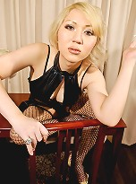 The always popular Japanese newhalf Mana returns with her last shoot from this set. It\'s a really hot one, too, with Mana showing off her sexy legs in fishnets!