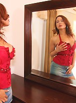 Michelle is a hot latina tranny from NYC with a cock that has a spicy mexican flavor to it!