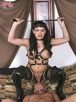 Transex Domina Mistress Foxxy