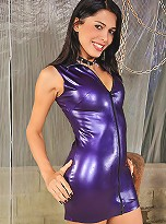 Milena Vendramine in sexy purple latex