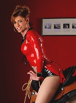 pose-porno-latex-costume-porn-video