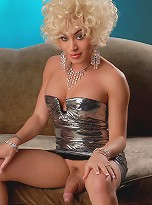 Adorable Mia Isabella Posing As Marilyn Monroe