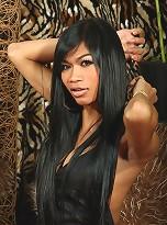 Exotical Nikki posing her perfect body