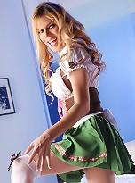 TS Jesse Posing As Sexy German Girl