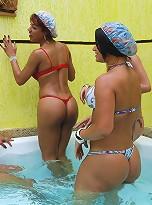 T-girls butt fucking orgy in hot tub