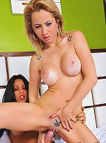 Shemale hottie busting a chicks pussy